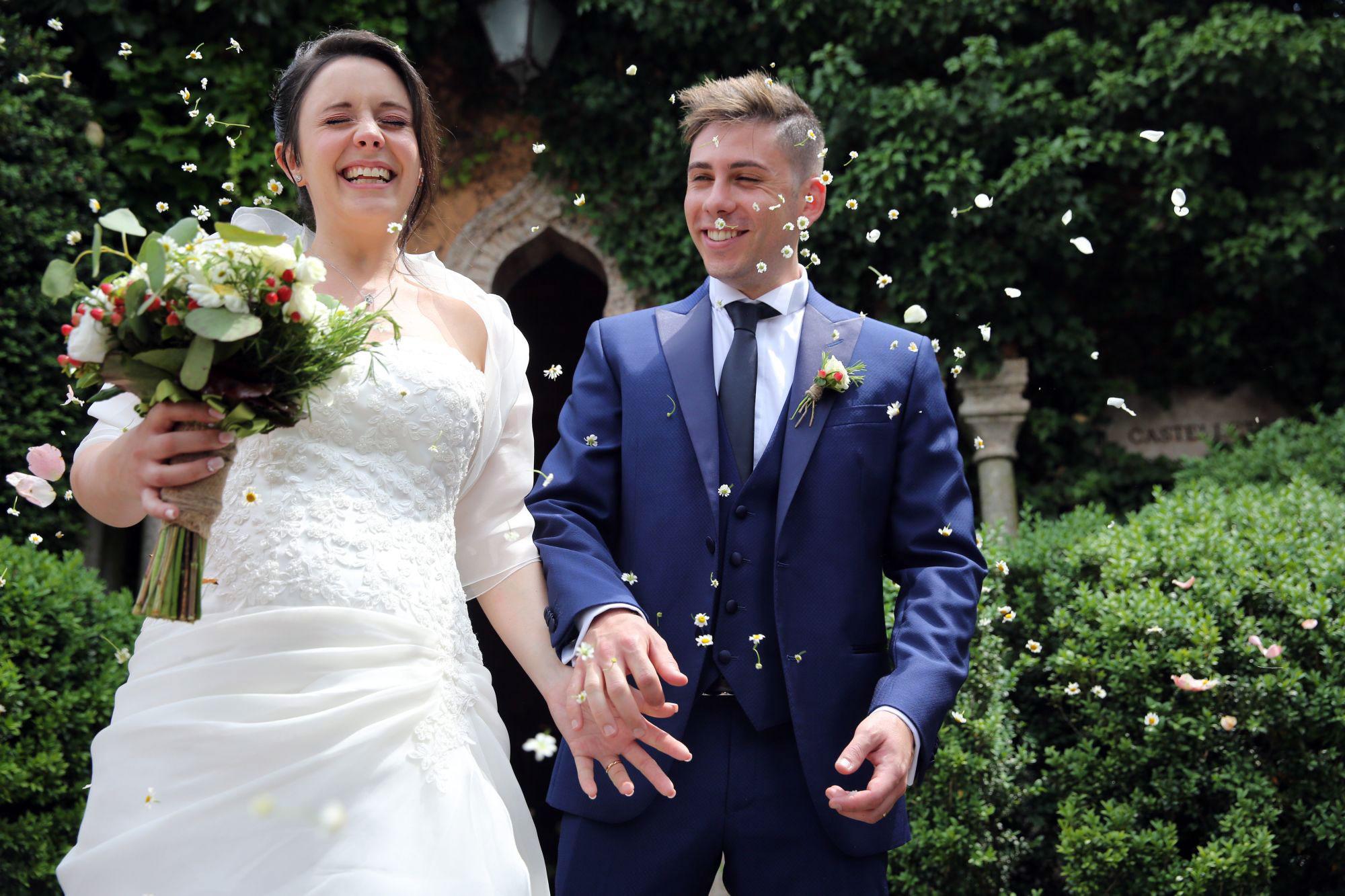 Onice event and wedding planner | Matrimonio Sara e Denis - Parco Sigurtà | Cerimonia di nozze - lancio dei petali